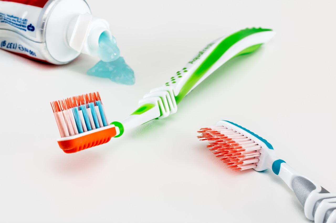 W jaki sposób dbać o zęby?